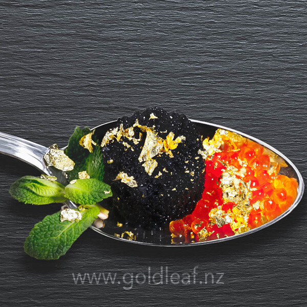 gold-flakes-in-a-spoon-on-gelly-buy-at-gold-leaf-nz