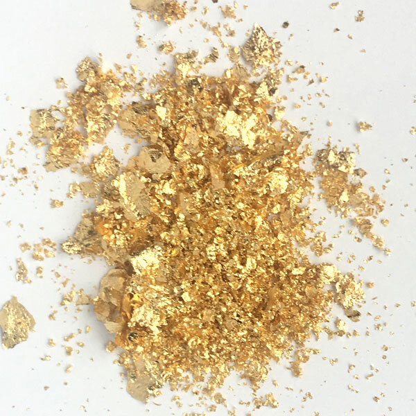 mixed gold flakes